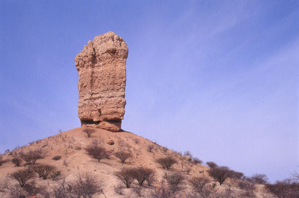 Vinger Klip or Finger Rock outside Outjo. Leigh Kemp