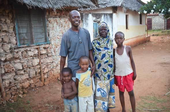 A Swahili family in Kenya.