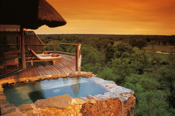 Leopard Hills Safari Lodge boasts panoramic views of the wilderness.