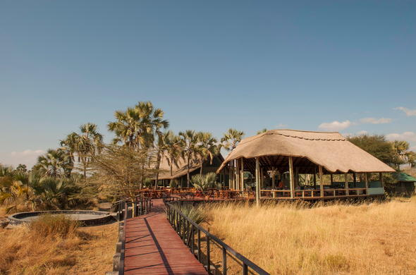 Walkway to the main house at Maramboi Tented Camp.