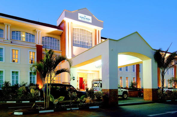 Protea Hotel Ryalls offers valet parking services.