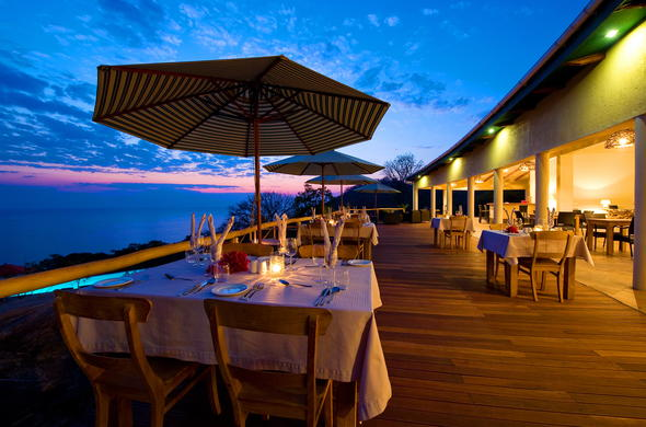 Al fresco dinners at the Pumulani restaurant.