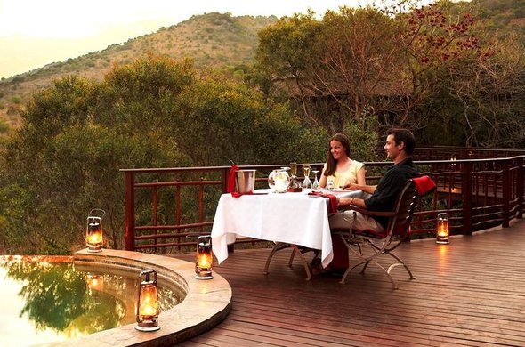 Poolside dining at Thanda Private Game Reserve.